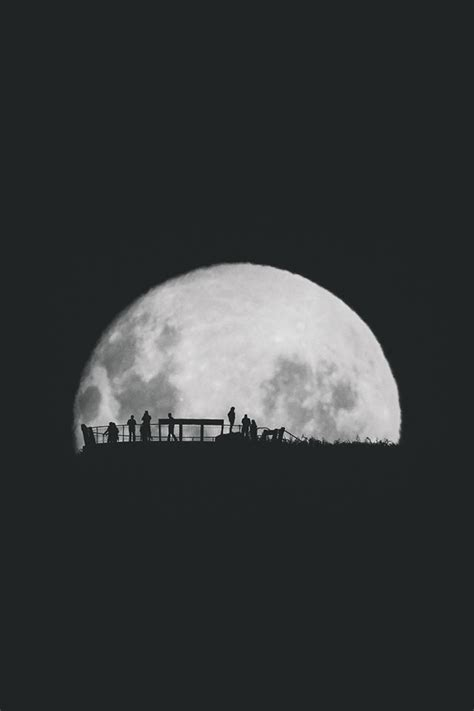 wallpaper for iphone 5 moon freeios7 moon silhouettes 2 parallax hd iphone ipad