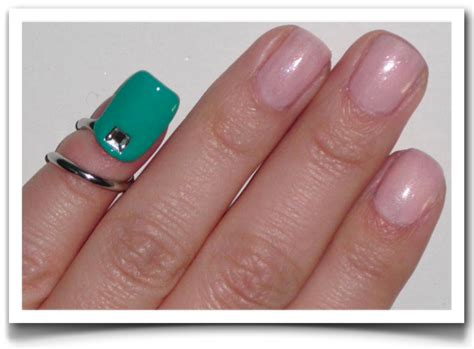 tip and ring colors fashionchicsta emerald tip nail ring by pantone and sephora