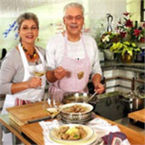 Mit Freundlichen Grüßen Und Vielen Dank Im Voraus Kochen Mit Martina Und Moritz Bei Fernsehserien De