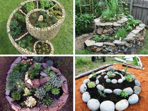 giardino erbe aromatiche come costruire la spirale delle erbe aromatiche