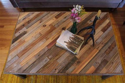 Pallet And Barn Wood Coffee Table 101 Pallets Pallet Wood Table Top