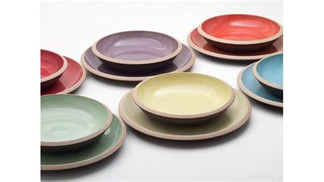 piatti e bicchieri colorati piatti colorati