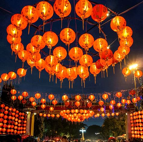 new year peace lantern festival new year explained in 11 festive images vox
