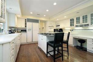 Images Of Kitchens With White Cabinets Pictures Of Kitchens Traditional White Kitchen