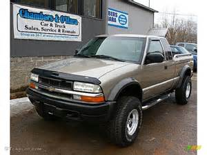 2003 light pewter metallic chevrolet s10 zr2 extended cab