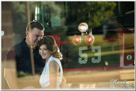Dayton Wedding Photographers Louisville Night Engagement