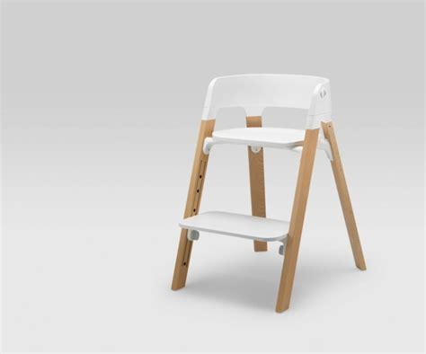 chaise haute pour enfant stokke steps par permafrost la chaise b 233 b 233 polyvalente
