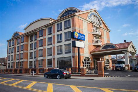 comfort inn lga comfort inn suites laguardia airport deals reviews