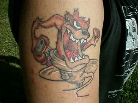 tasmanian devil tattoos tasmanian lawnmower www pixshark