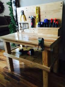 Best Wood For Raised Garden Bed - a pallet workbench for future builders diy projects for everyone