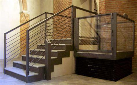 pedane mobili per scale maet torino piattaforme elevatrici montacarichi servo