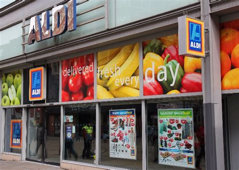 Aldi Gift Card Uk - aldi supermarkets boost house prices by over 163 5 000
