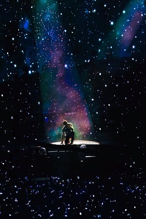 coldplay sky full of stars chris martin and a sky full of stars xylobands coldplay
