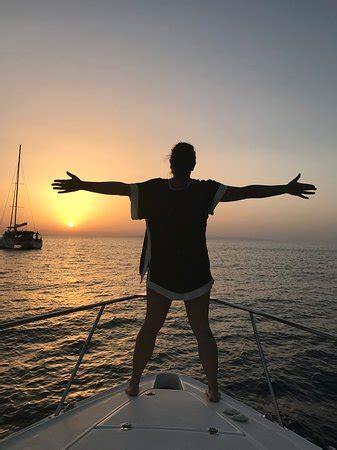 alex private boat rental fira greece alex private boat rental megalochori greece top tips