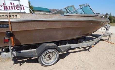 traverse city boat auction lot 1006 z 18ft boat and trailer quot two way auction item quot