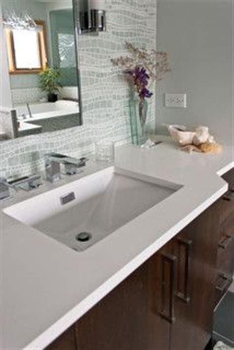 1000 images about bathroom quartz countertops on - Quarz Countertops Badezimmer