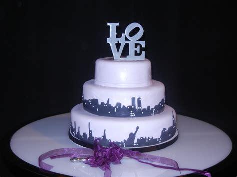 Hochzeitstorte New York by New York Skyline Wedding Cake Cakecentral