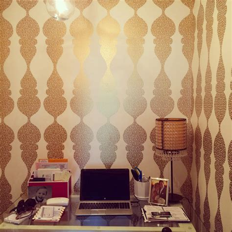 2017 wallpaper trends you need in your home 8 things you can t live without in 2017 home decor trends