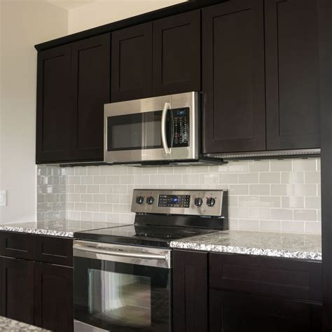 dark espresso kitchen cabinets 17 best ideas about espresso kitchen cabinets on pinterest