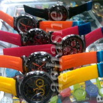 Jam Tangan Unisex Gs Limited Edition tissot t race moto gp edition aghashe