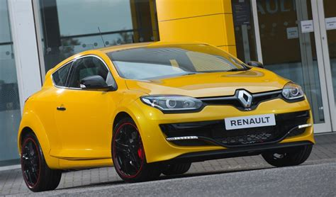 Renault Megane Rs Cup Renault Megane Rs 275 Cup S Uk Pricing And Specs