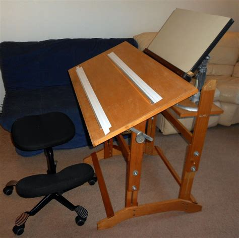 Build A Drafting Table Pdf Plans How To Make A Drafting Board Diy How To Build Wood Rail Fence