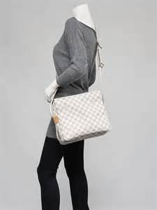 Louis Vuitton Damier Azur Naviglio by Louis Vuitton Damier Azur Naviglio Messenger Bag Yoogi S