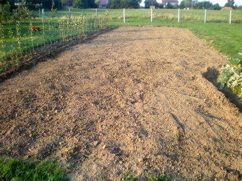Fraise Pour Motoculteur 5945 potager apr 232 s la r 233 colte des pommes de terre r 233 colter