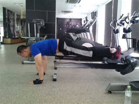 abs exercise with rowing machine