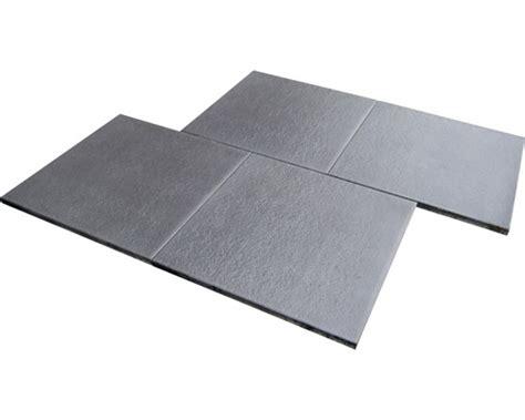 terrassenplatten istone premium beton terrassenplatte istone premium schwarz basalt