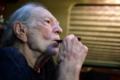 willie nelson smoking pot willie nelson country legend reflects on his personal