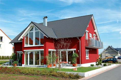 rote fassadenfarbe you seriously need these exterior paint colors midcityeast