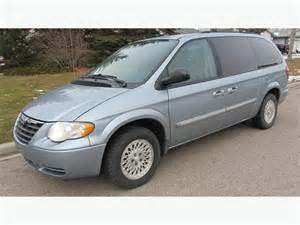 2006 Chrysler Minivan 2006 Chrysler Town Country Touring Minivan With