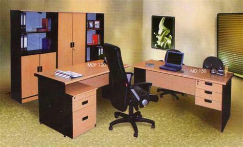 Kursi Operator alat kantor yang dibutuhkan ketika baru buka kantor