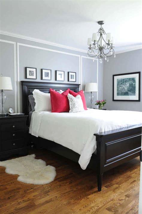 bedroom ideas master 30 small yet amazingly cozy master bedroom retreats 10488 | Small Master Bedroom Ideas 02 1 Kindesign