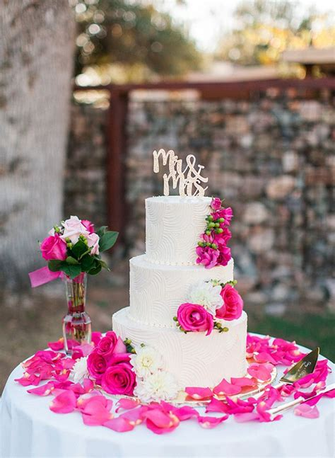 best 25 fuschia wedding ideas on fuschia wedding flowers wedding color palettes
