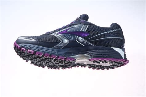 winter running shoes 2015 winter running shoes canadian running magazine