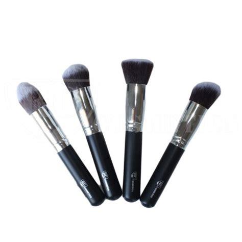 Bhcosmetics Mini Pink Kabuki Brush bh cosmetics 10 pop brush set mayanka make up