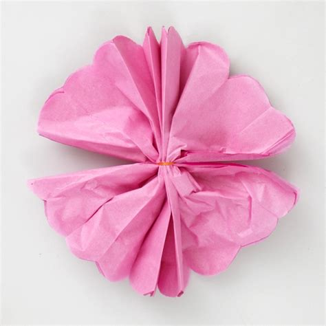 How To Make Bows With Tissue Paper - flores de papel afe