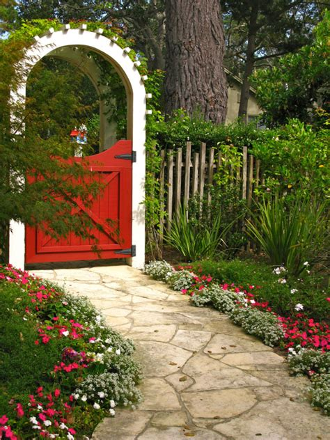 11 lovely garden gates for a beautiful backyard 3 diy home creative projects for your home