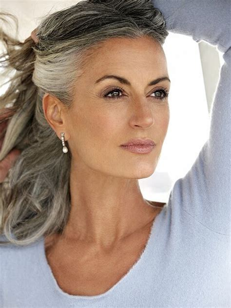 what to do with salt and pepper hair best 25 gray streaks ideas on pinterest grey hair