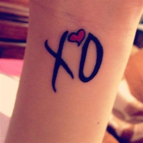 xo tattoo ideas the weeknd xo finger tattoos me scorpio