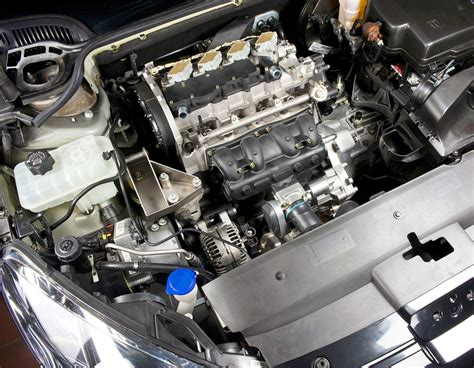 motor peugeot new mce 5 vcri engine to be shown on a peugeot 407