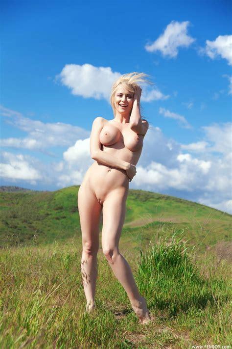 Showing Porn Images For Robyn Addison Porn Nopeporn Com