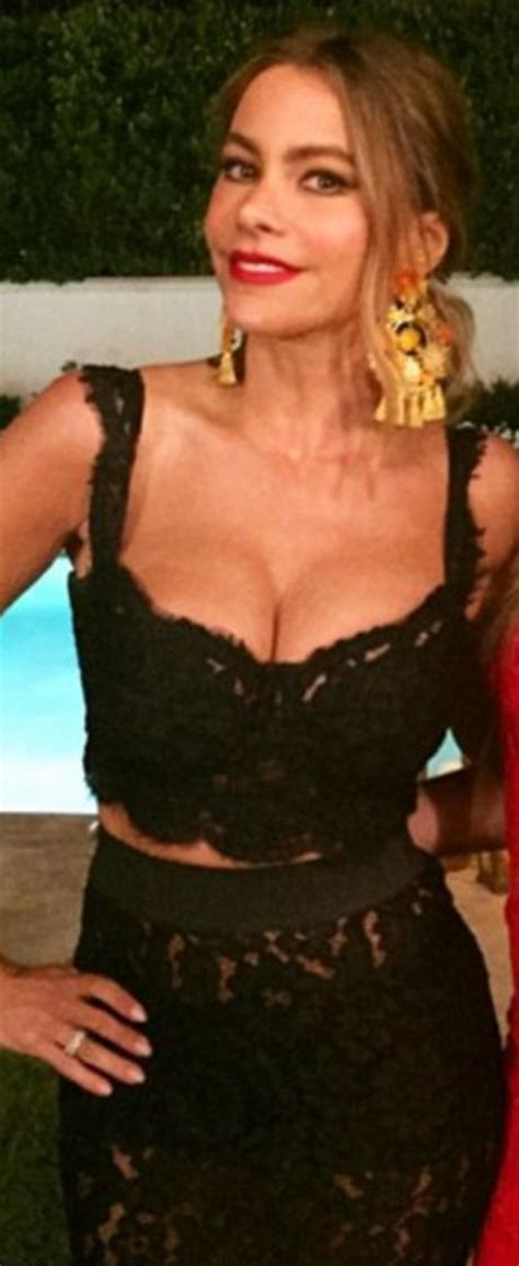 Sofia Top T3009 6 who made sof 237 a vergara s black lace skirt and crop top wardrobe wishlist