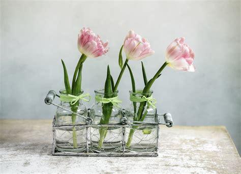 blumen deko 23 deko ideen mit wohnaccessoires die moderne vase im