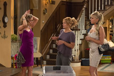the fuller house video fuller house first teaser photos from netflix s sitcom sequel