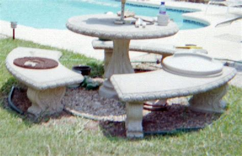 Concrete Patio Table And Benches Glass Or Ceramic Tile For Mosaic Patio Table How To Mosaic
