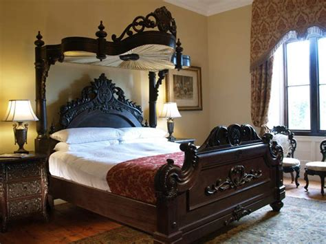Bedroom Furniture Vintage Antique Bedroom Furniture And Antique Bunk Bed