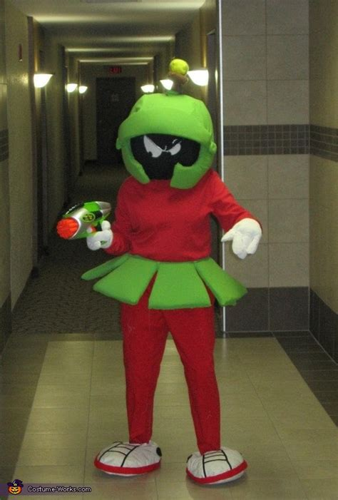 marvin  martian adult costume